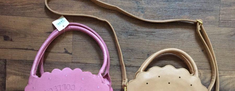SWIMMER vs FLAPPER: Biscuit Bag Battle